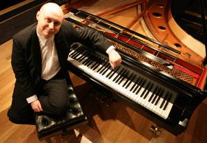 Yen Wynddancer, Composer, Pianist, Performer
